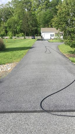 Before & After Sealcoating in Milton, DE (1)