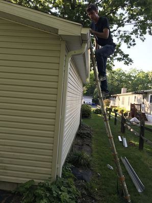 Before & After New Gutters Installed in Millsboro, DE (3)