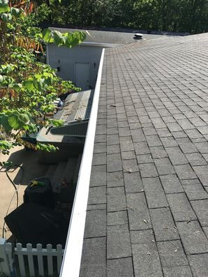Before & After: Gutter Cleaning, Refastened Gutters, Sealed Joints, Installed Gutter Guards (2)