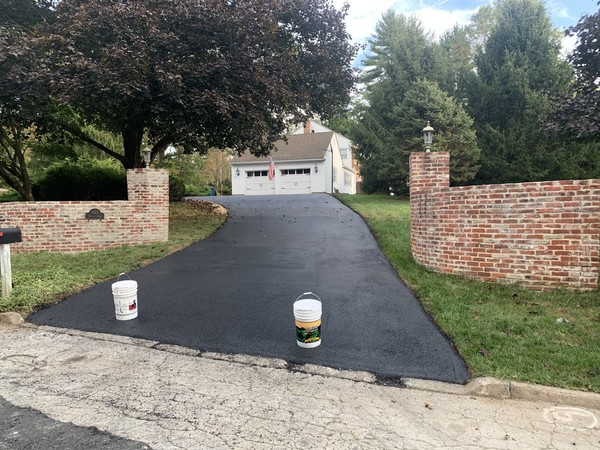 Driveway Paved & Seal Coated in Newtown Square, PA (1)